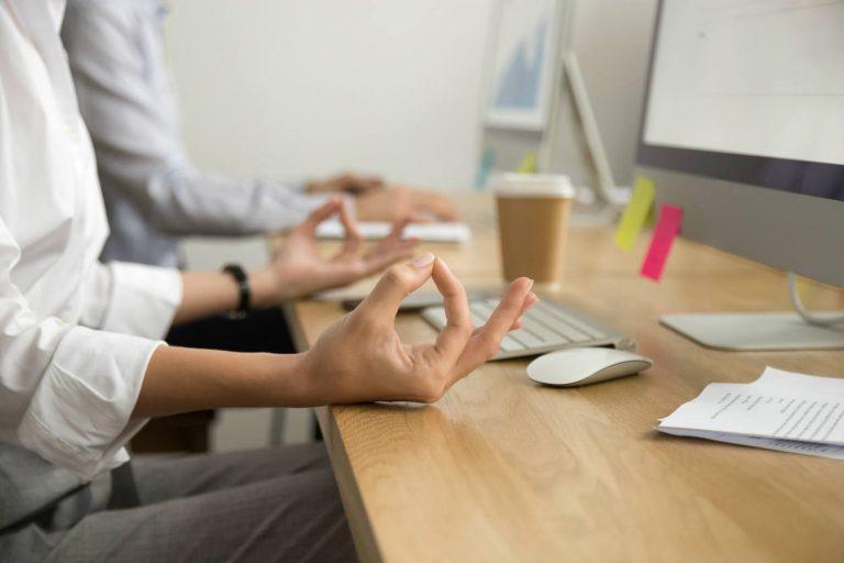 80  людей испытывают стресс на работе  6 советов  как сохранять спокойствие