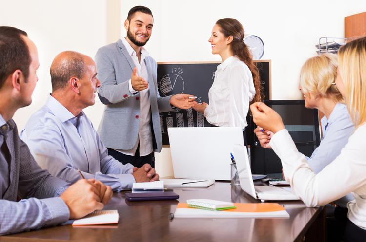HR вебинар  Особенности руководителей поколения Y  Подбор и развитие
