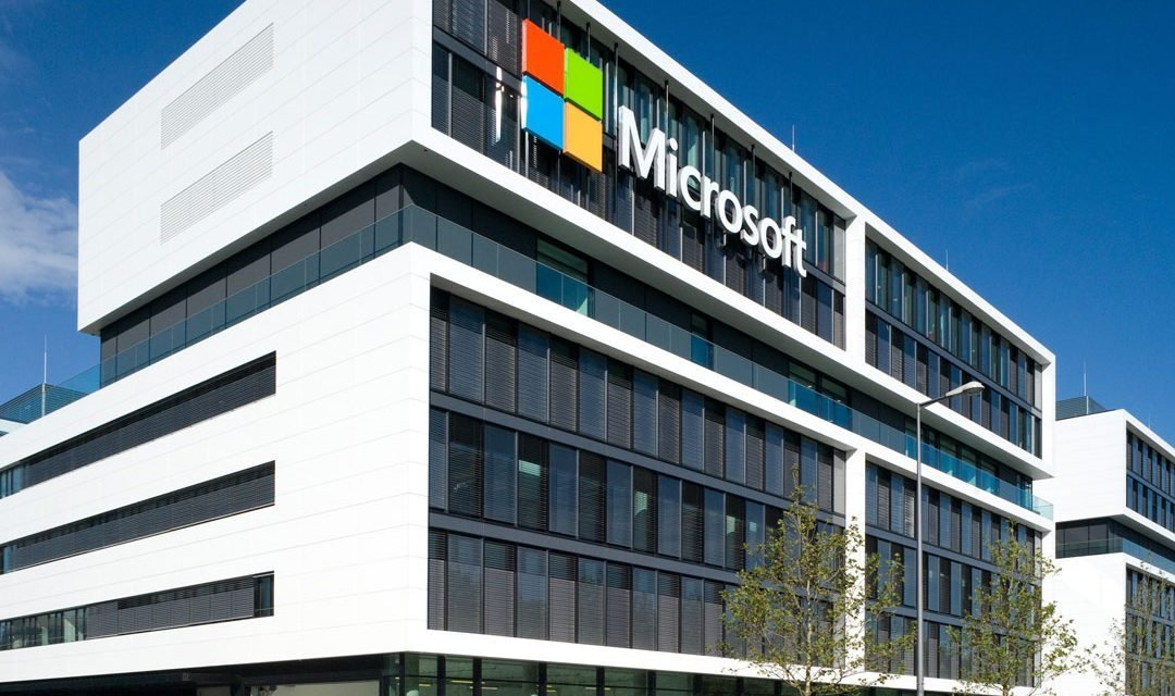 Microsoft  поможет тем  кто потерял работу из за кризиса и пандемии