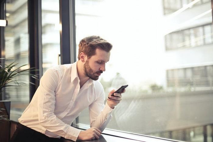 Работодатели начали в два раза чаще увольнять сотрудников из за постов в соцсетях